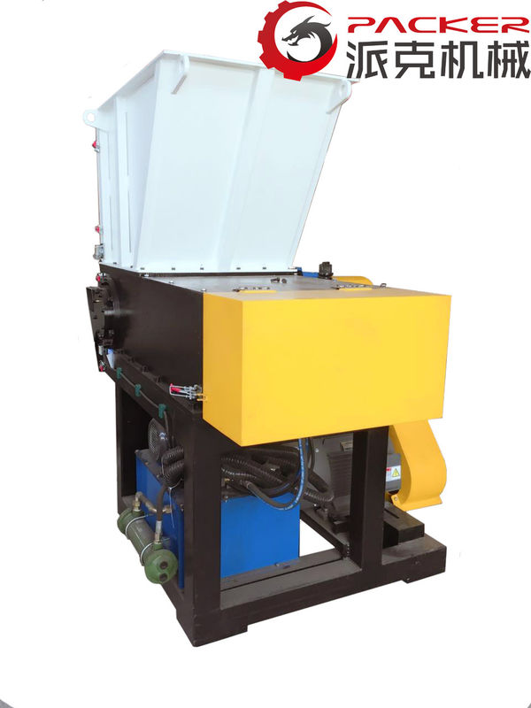 300KG/H Plastic Waste Shredding Machine Single Shaft Easy Operation Oil Pump